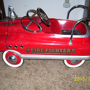 FIRE FIGHTER ENG. 23 F.D. No 1 1950 STYLE COMET PEDAL CAR