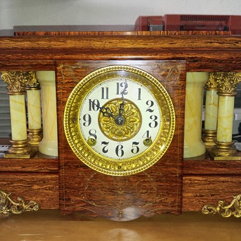 Seth Thomas Adamantine mantle clock