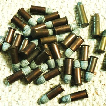 OLD BULLETS - Sporting Goods
