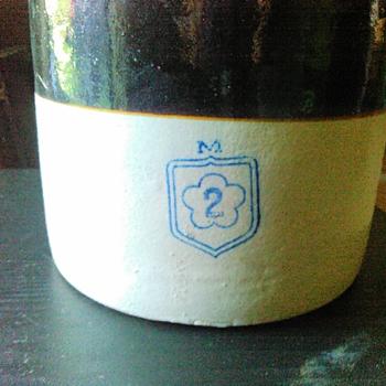 McCoy crock - Pottery