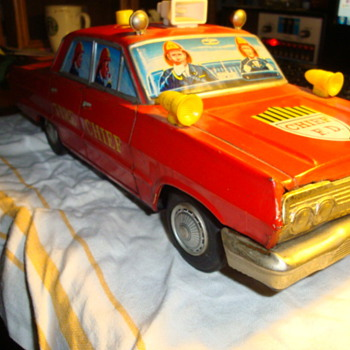 Anyone know anything about this Fire Chief car?????? - Model Cars