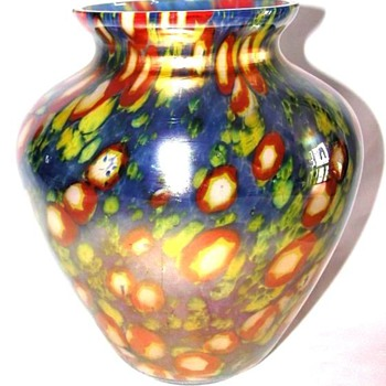 Kralik iridiscent vase ? - Art Glass