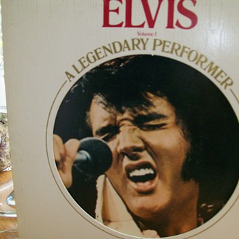 "Elvis Presley  Volume 1 'A Legendary Performer "" For Thomas  - Records"