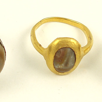 3 Amuletic Toadstone Rings - Fine Jewelry