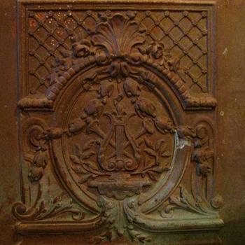 Cast Iron Summer Front for a late 1800s fireplace  - Victorian Era