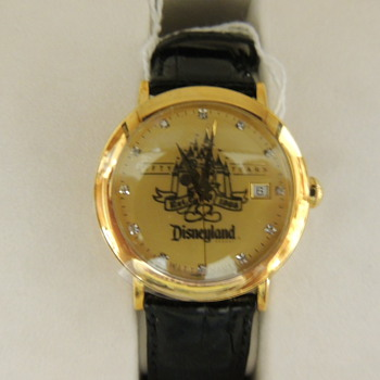 DISNEY LAND 50th wrist waych