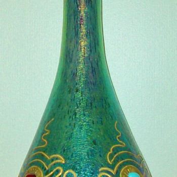 Loetz Crete Cisele Decorated Vase. - Art Glass