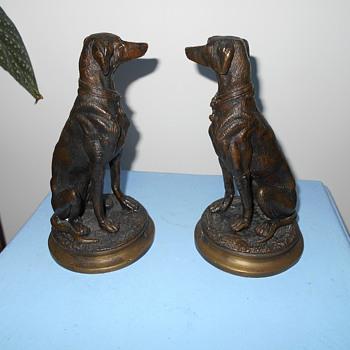 bronze arabian dogs - Animals