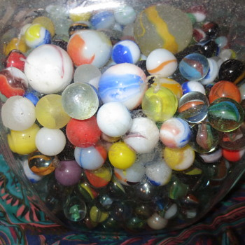 A jar of marbles - Art Glass