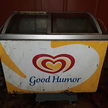 GOOD HUMOR ICE CREAM vending freezer - Advertising