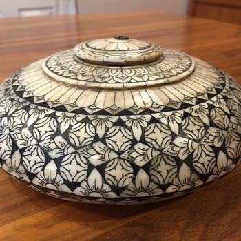 Inlaid bone opium pot - Asian