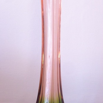 Rubina-verde simple shape - Art Glass