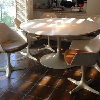 "Burke 60"" Tulip table and 7- 116 chairs - Mid-Century Modern"