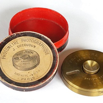 1890s Photographic Exposure Meters - Cameras