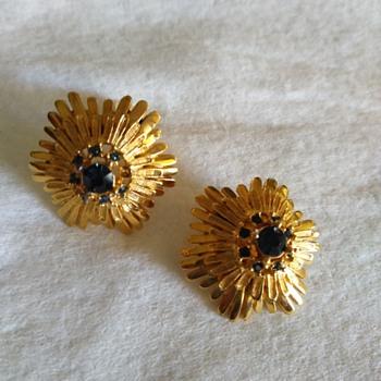 Demario earrings - Costume Jewelry