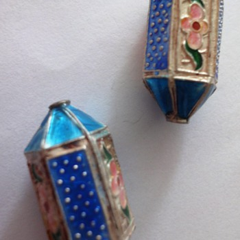 Two antique enameled Chinese bead