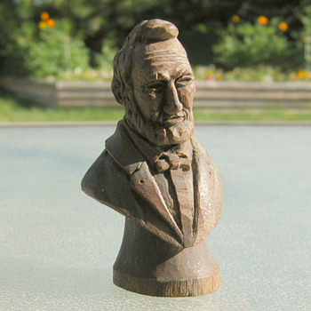 Minature Lincoln carving (Black Walnut?) - Folk Art