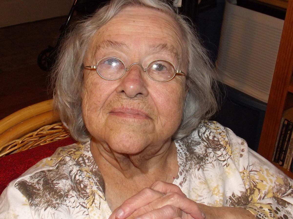a02f2fed365 Granny Glasses