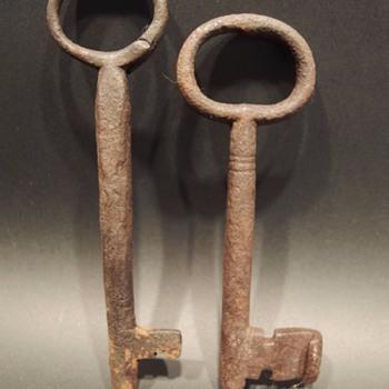 18th Century Wrought Iron Skeleton Keys - Tools and Hardware