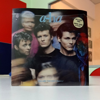 a-ha 'You are the One' picture sleeve with Christmas card. - Records