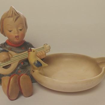 Hummel Ashtray 1950-1955 - Figurines