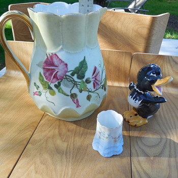 Vintage porcelain/pottery Estate Sale Finds Today - Pottery