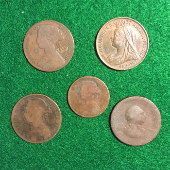Unknown Coins in bag of Great Britain Coins - World Coins