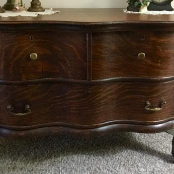 Curvy Antique Dressr - Furniture