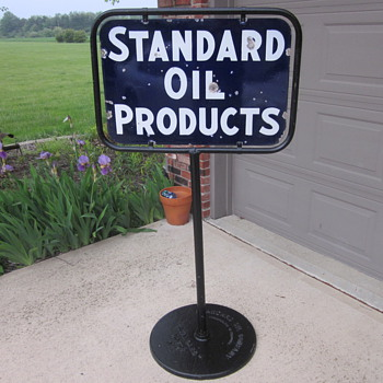 Standard Oil Porcelain Sign Pedestal Base - Petroliana