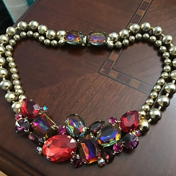 Chunky necklace  - Costume Jewelry