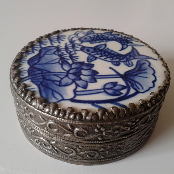 Vintage Blue and White pottery shard silver trinket box KOI CARP  - Silver