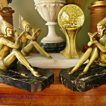 Similar Gerdago Girl Bookends, Attribution to H. Fugere - Art Deco