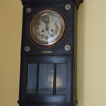 Ebonised Sucessionist Wall Clock - Clocks