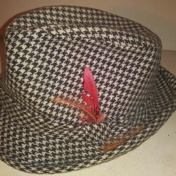 Hound's Tooth Fedora - Hats