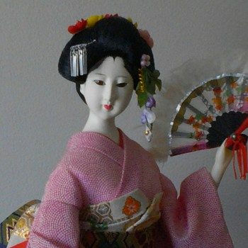 Yamaha Kyugetsu feathered fan dancer - Dolls