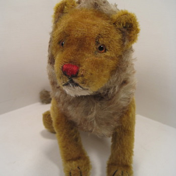 Steiff's Very Early 5-Way Jointed Lion - Dolls