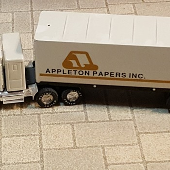 Rare Limited Edition Appleton Papers Semi (Company out of business) - Model Cars