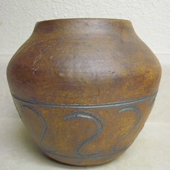 "5"" Signed Stoneware Vase With Etched Design - Pottery"