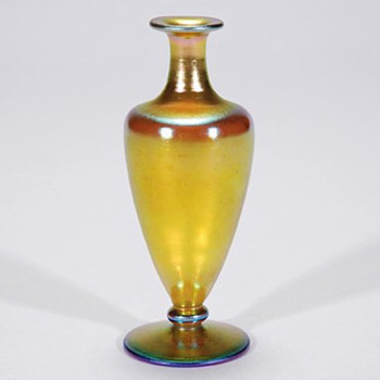 Steuben Aurene perfume, no stopper - Art Glass
