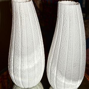 Loofah Vases - Pottery
