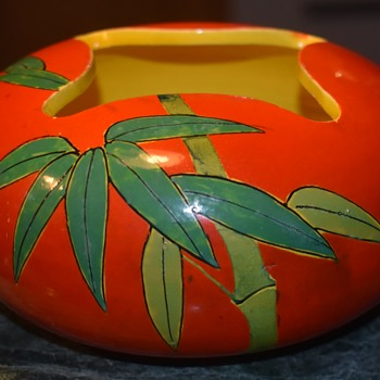 Christmas came early!  Great Awaji Bowl with fantastic color and design! - Asian
