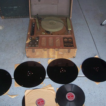 Radio/Phonograph Player/Recorder