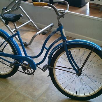 1930's Schwinn BF Goodrich Ladie's Cruiser Bicycle - Sporting Goods