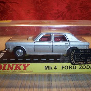 Ford Zodiac 4 door - Model Cars