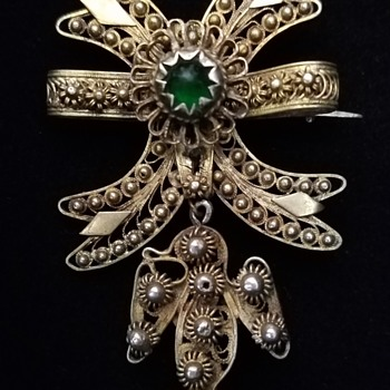 Metal Brooch - Costume Jewelry
