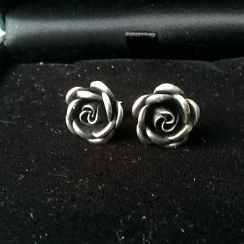Theodor Klotz 1950s Teka Sterling Silver Royal Rose Earrings Flea Market Find 4,00 Euro ($4.36)
