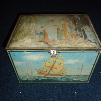 Unknown Vintage Tin - Furniture