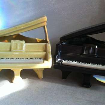 McCoy Piano - 1959 - Pottery