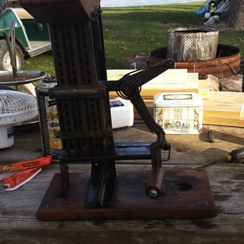 3 penny hand operated coin counter?! - Coin Operated