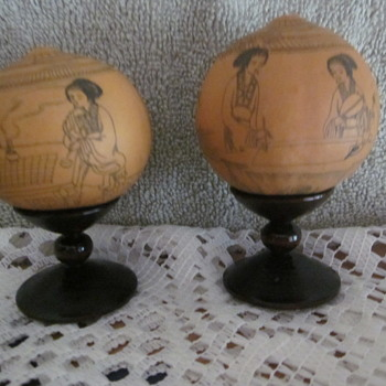 Chinese Lanzhuo Ink Painted set of Gourds on stands in Gift Bx  - Asian